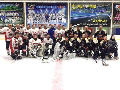 Товарищеские встречи по хоккею среди мужских команд Советского района