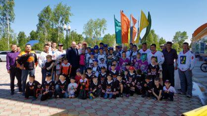 11 июня 2019 г. на территории Ледового дворца состоялось открытие «Аллеи хоккея» в рамках празднования Дня Советского района.