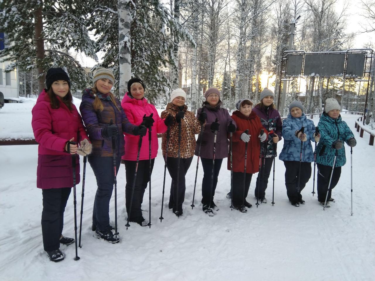 7 декабря на лыжероллерной трассе МАУ ФОК «Олимп» состоялся мастер-класс по скандинавской ходьбе для всех категорий, в том числе для лиц с ОВЗ