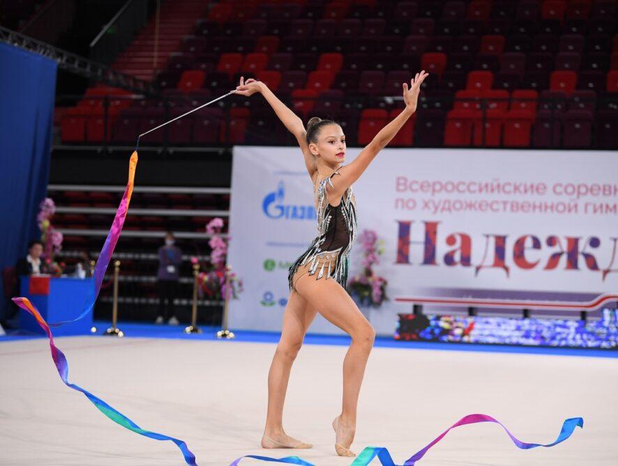 Поздравляем с выполнением спортивного разряда КМС по художественной гимнастике